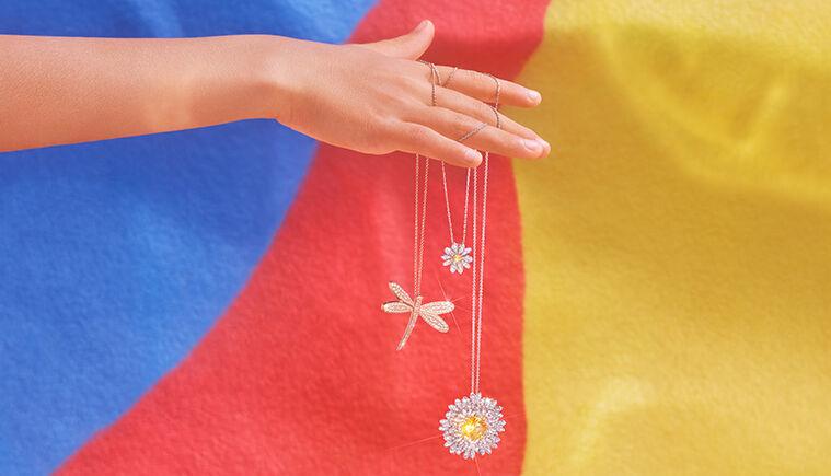 mother's day, swarovski, necklace, flower